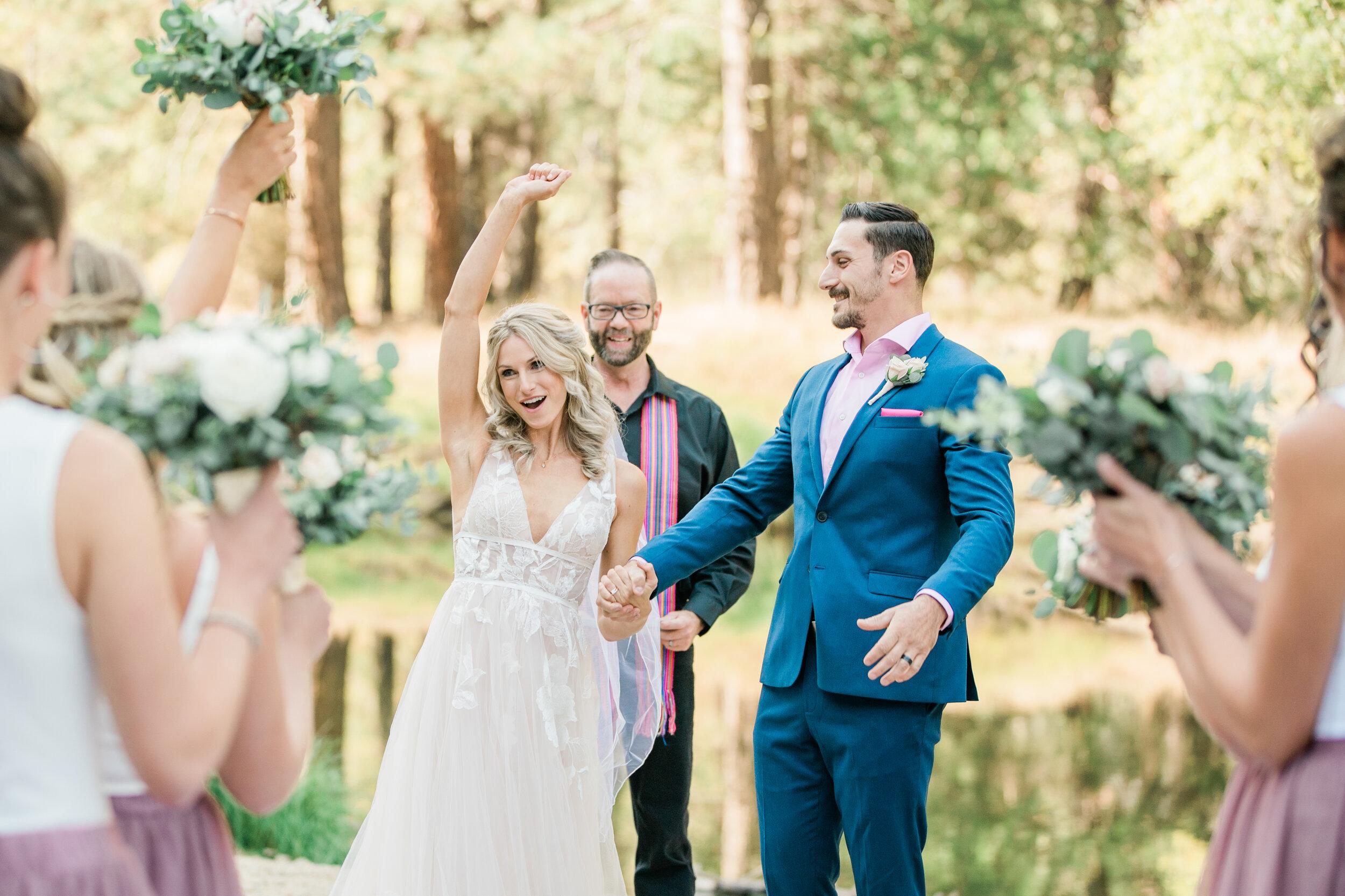 Leanne and Joe - Married - Sneak Peeks - Lauren Alisse Photography-20.jpg