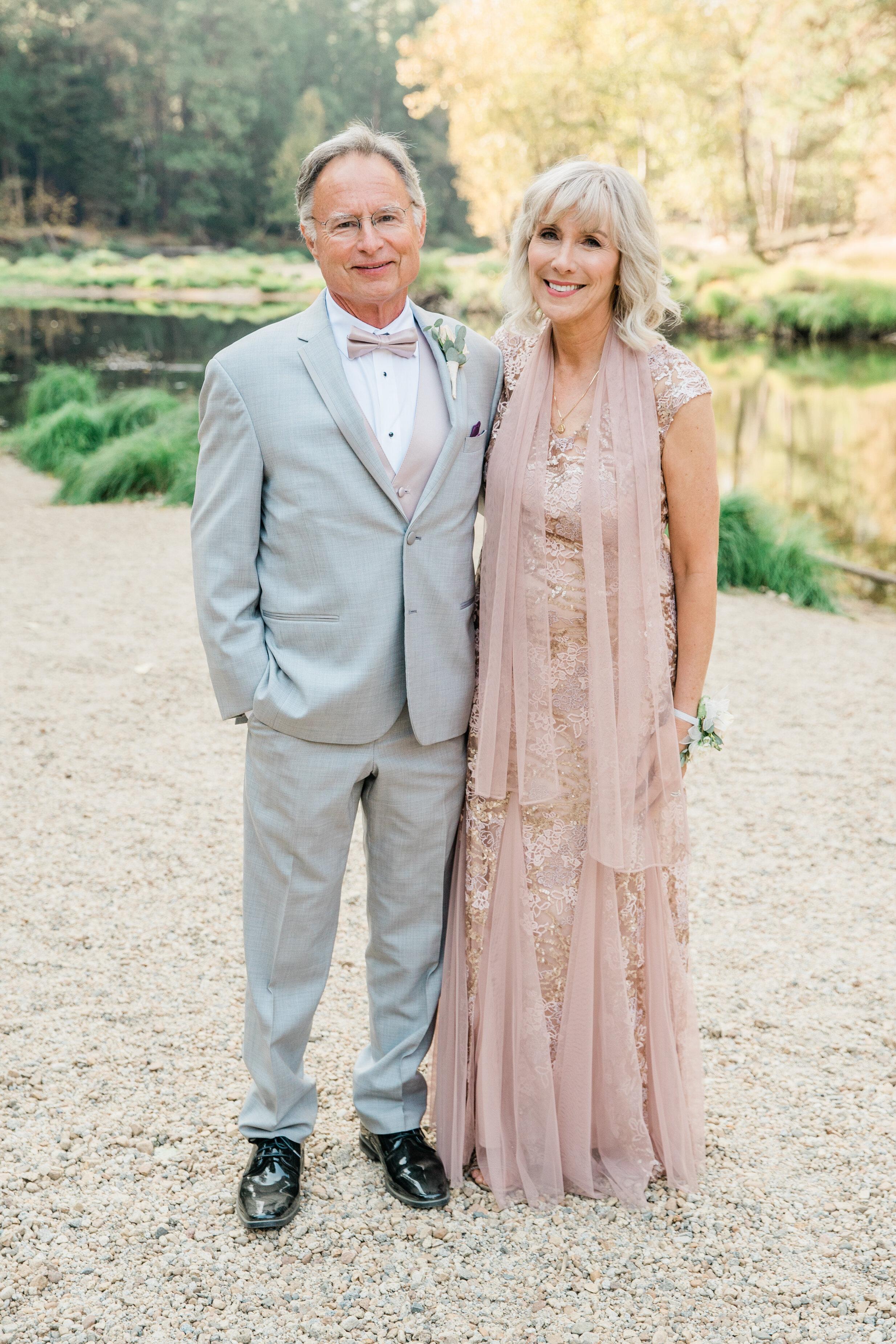 Leanne and Joe - Married - Sneak Peeks - Lauren Alisse Photography-21.jpg