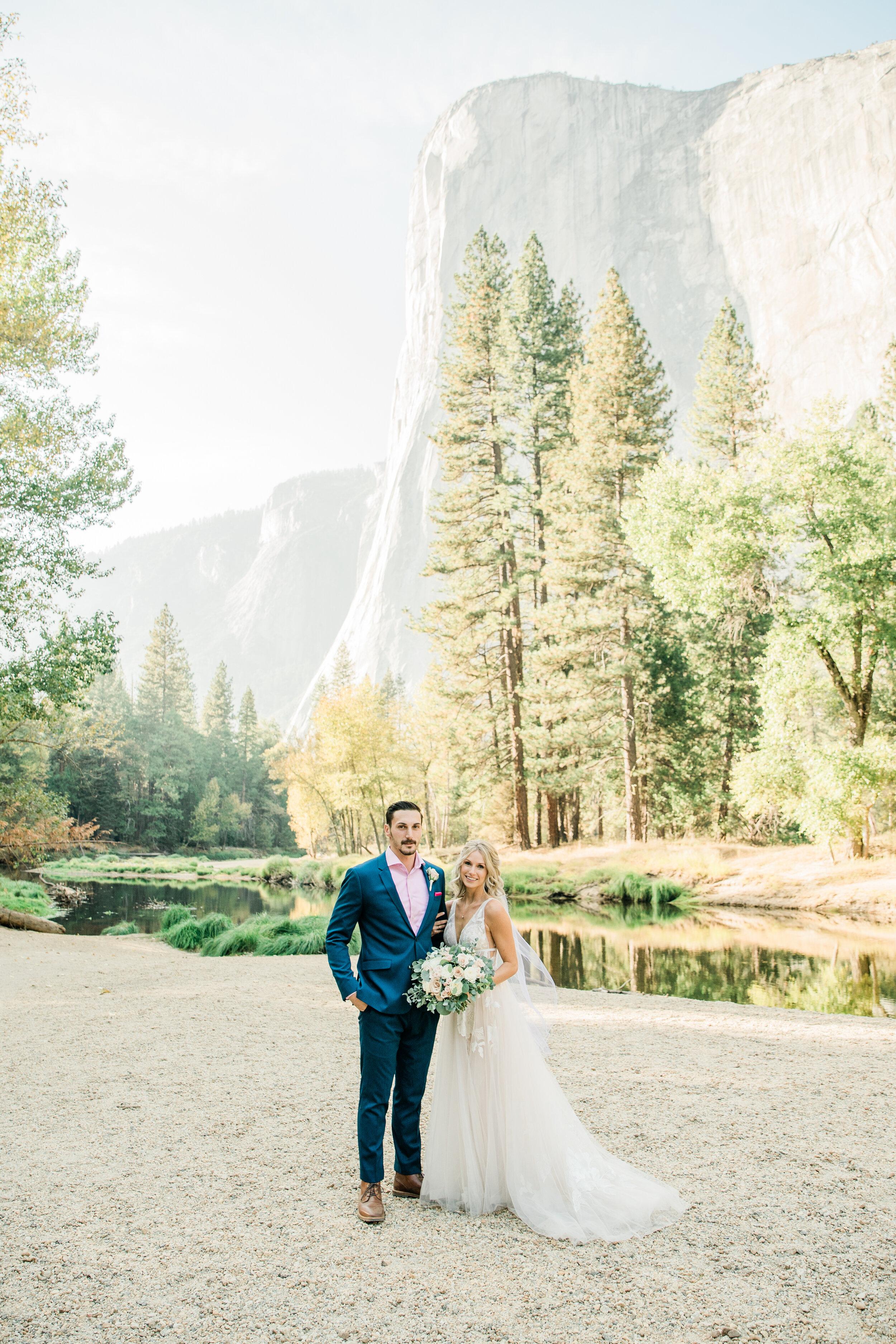 Leanne and Joe - Married - Sneak Peeks - Lauren Alisse Photography-25.jpg