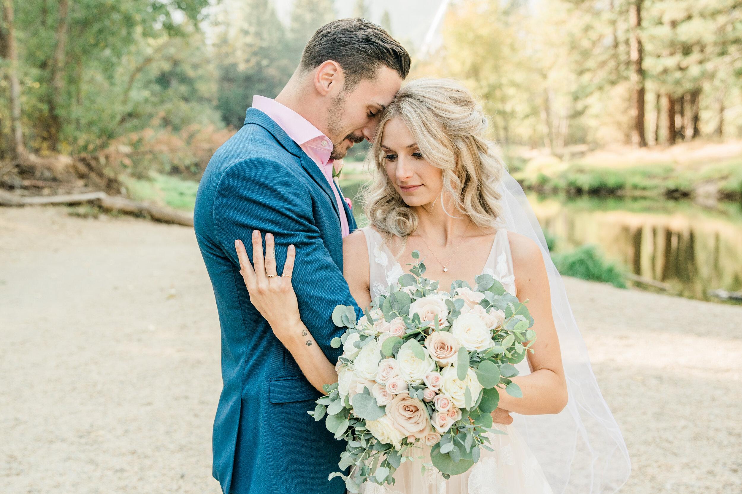 Leanne and Joe - Married - Sneak Peeks - Lauren Alisse Photography-28.jpg