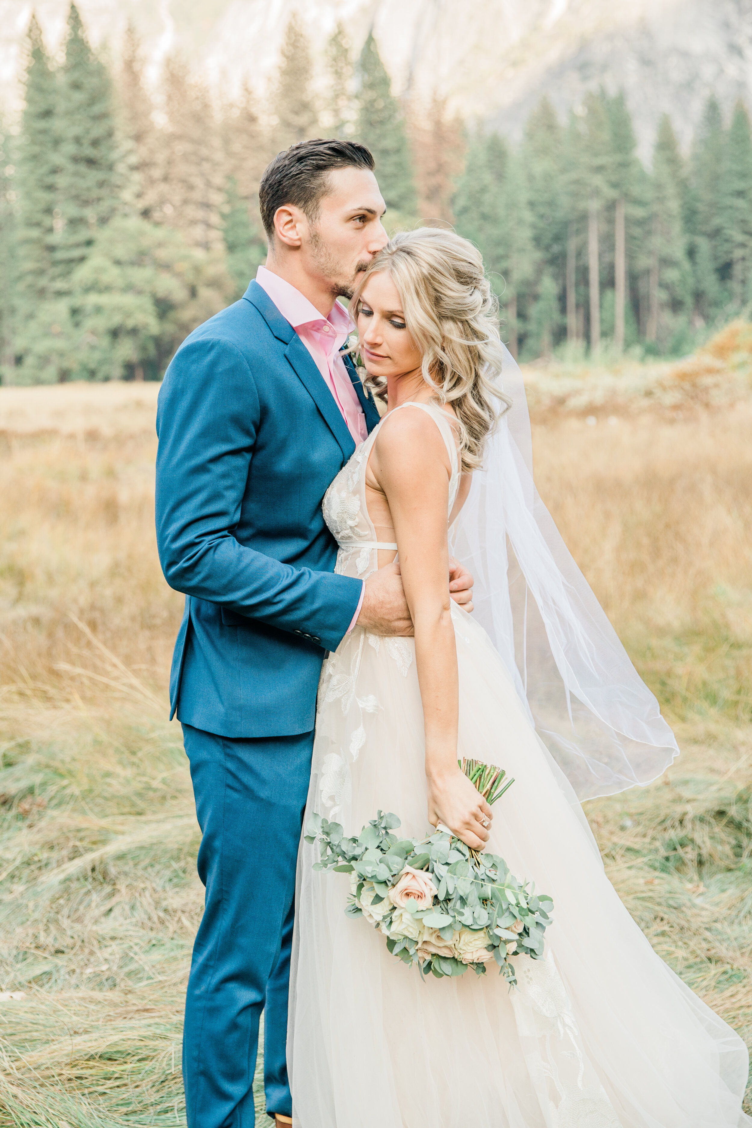 Leanne and Joe - Married - Sneak Peeks - Lauren Alisse Photography-34.jpg