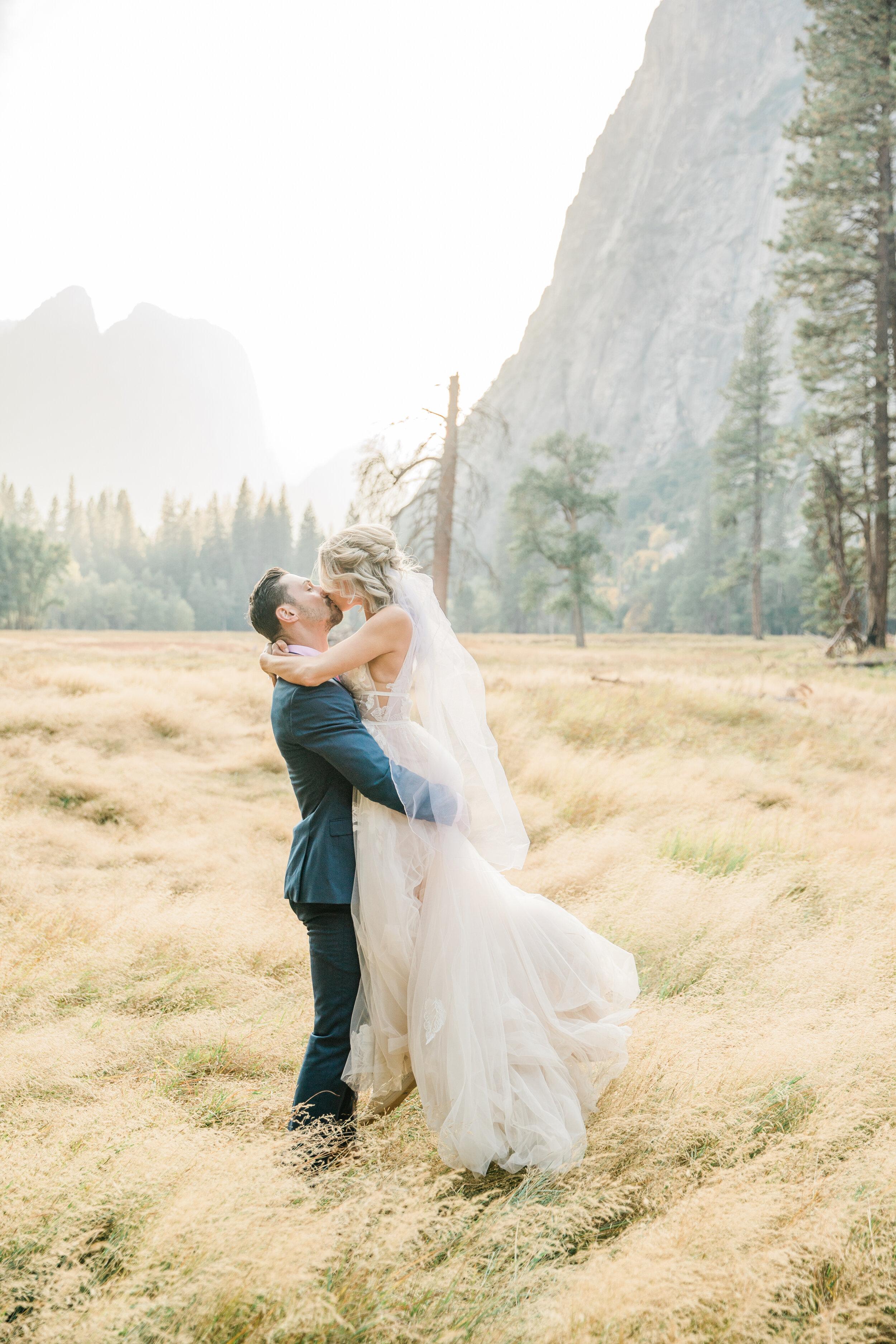 Leanne and Joe - Married - Sneak Peeks - Lauren Alisse Photography-39.jpg