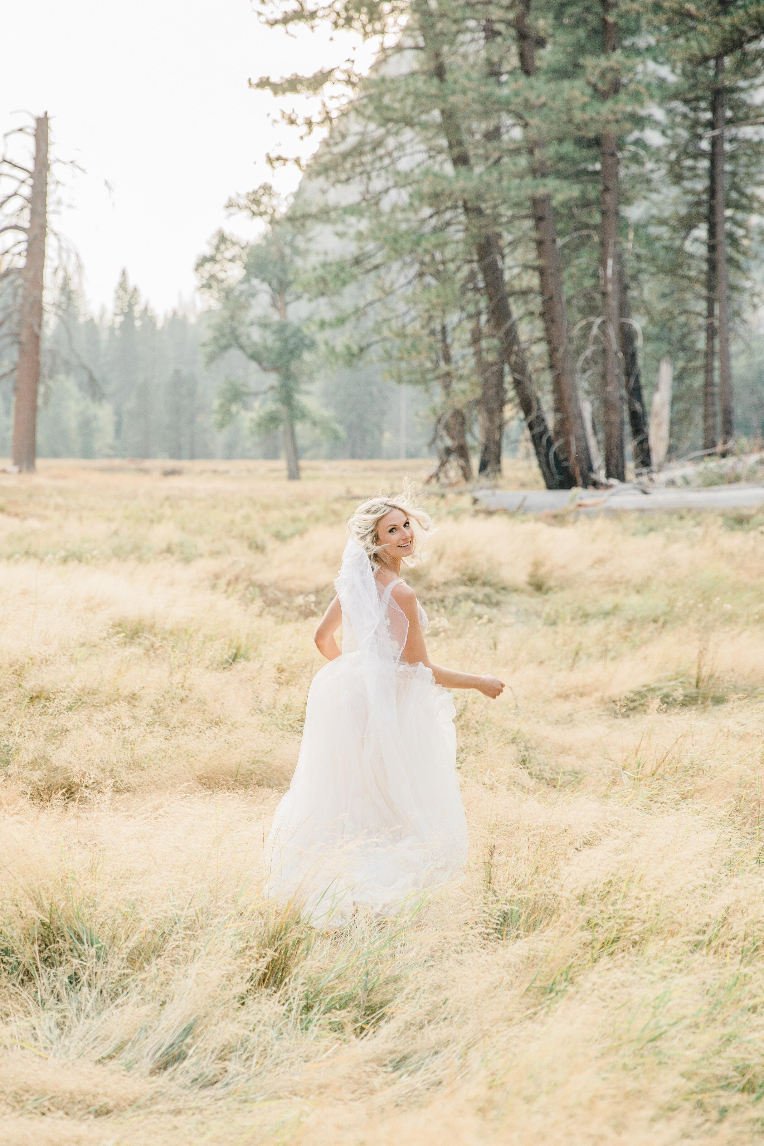 Leanne and Joe - Married - Sneak Peeks - Lauren Alisse Photography-40.jpg