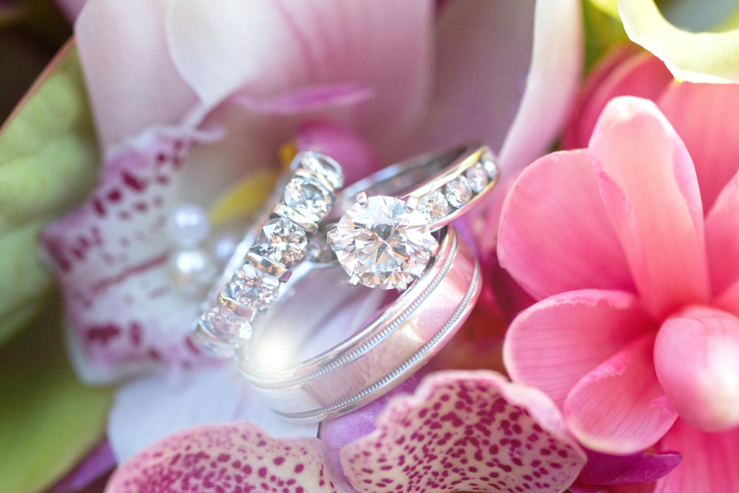 Florals:  Sweet Pea & Petunia   Location:  Lanikuhonua   New Featured Weddings:  biancaphotographyhawaii