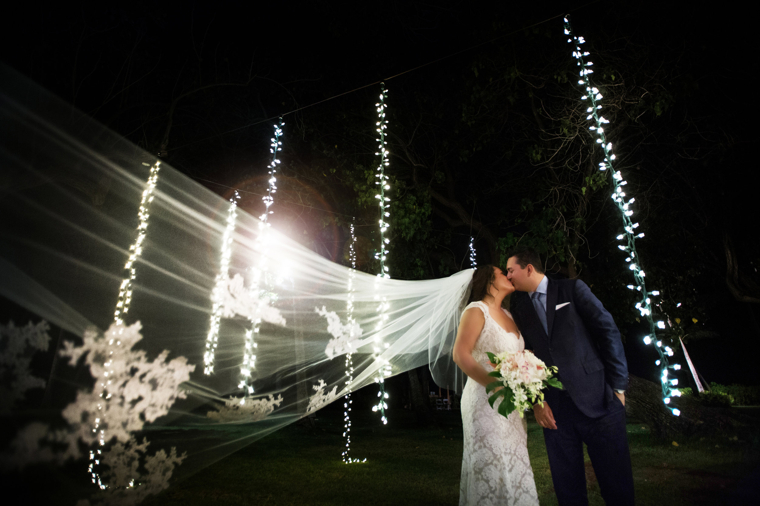 Location:   Lanikuhonua   New Featured Weddings:   biancaphotographyhawaii