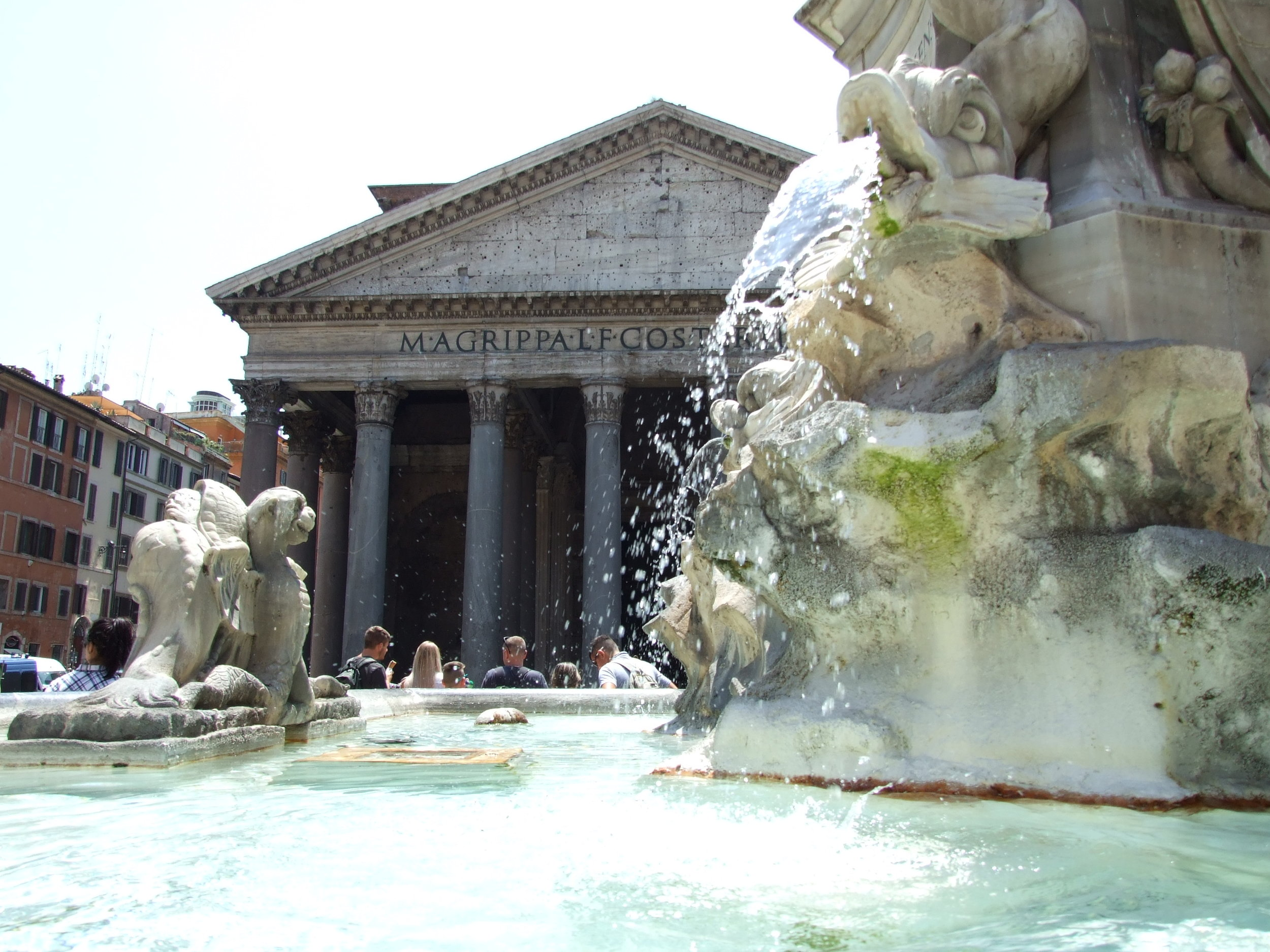 06__Pantheon + Fountain.JPG