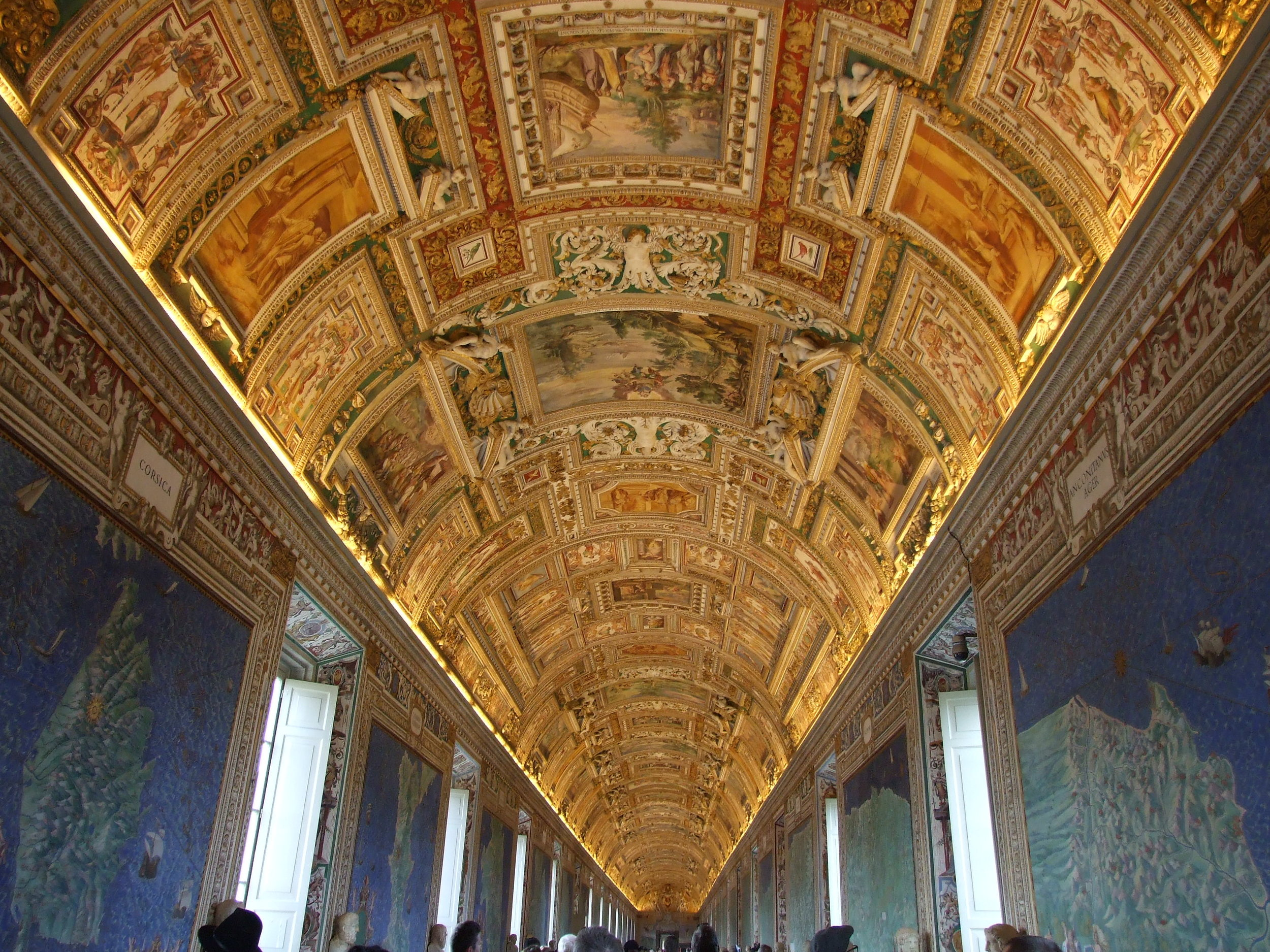 10__Vatican Museum__Inside.JPG