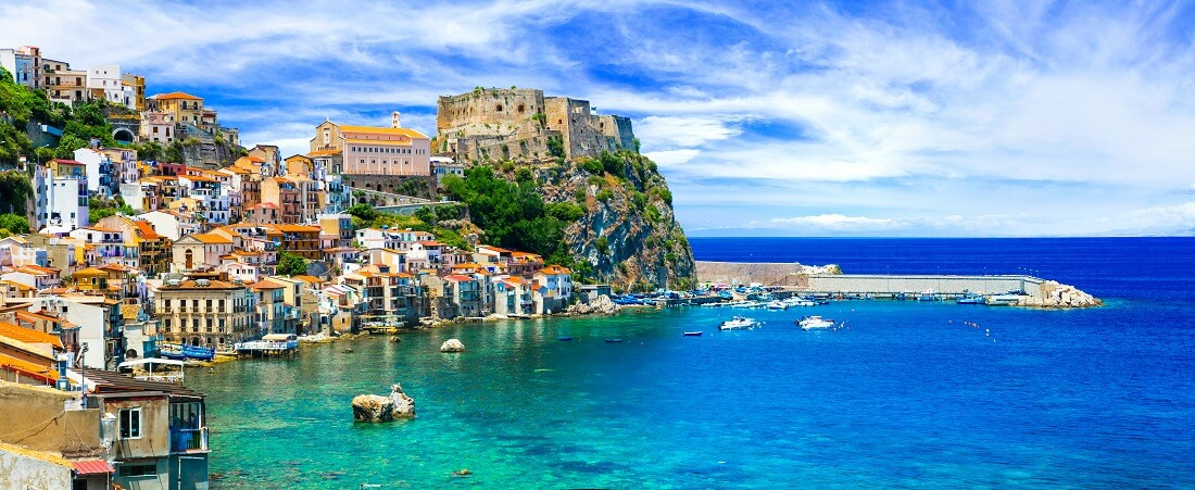 beautiful beaches and towns of Calabria - Scilla.jpeg