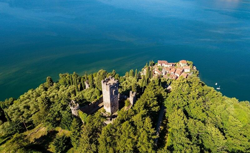 Castello di Vezio, Lake Como