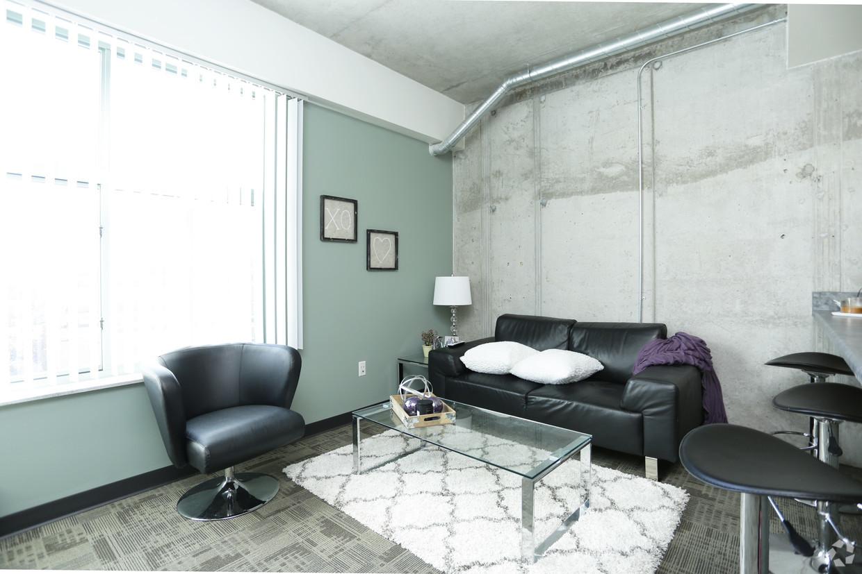 the-residences-east-lansing-mi-interior-photo (7).jpg