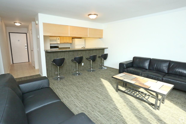 treehouse-west-apartments-east-lansing-mi-interior-photo (3).jpg