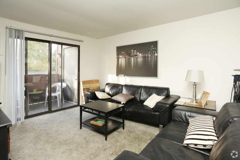 treehouse-north-apartments-east-lansing-mi-interior-photo.jpg