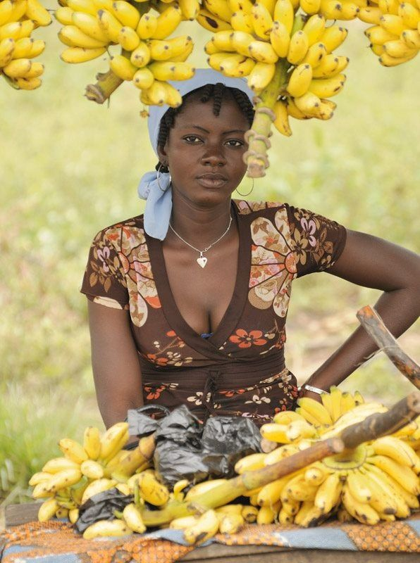 weight-of-banana-those-african-chicks-blog