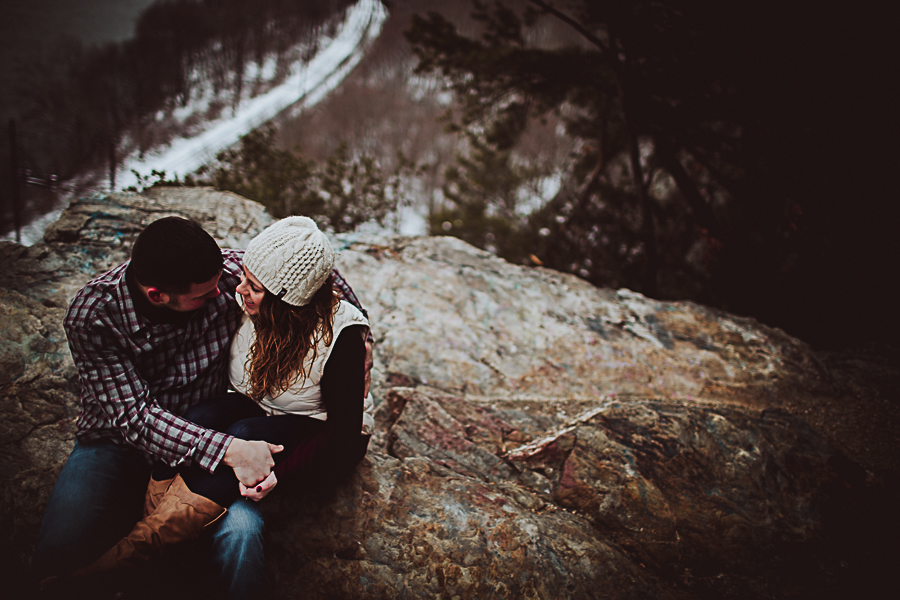 Cambria_Creative_Columbia_Overlook_Engagement_Photography-1565.jpg