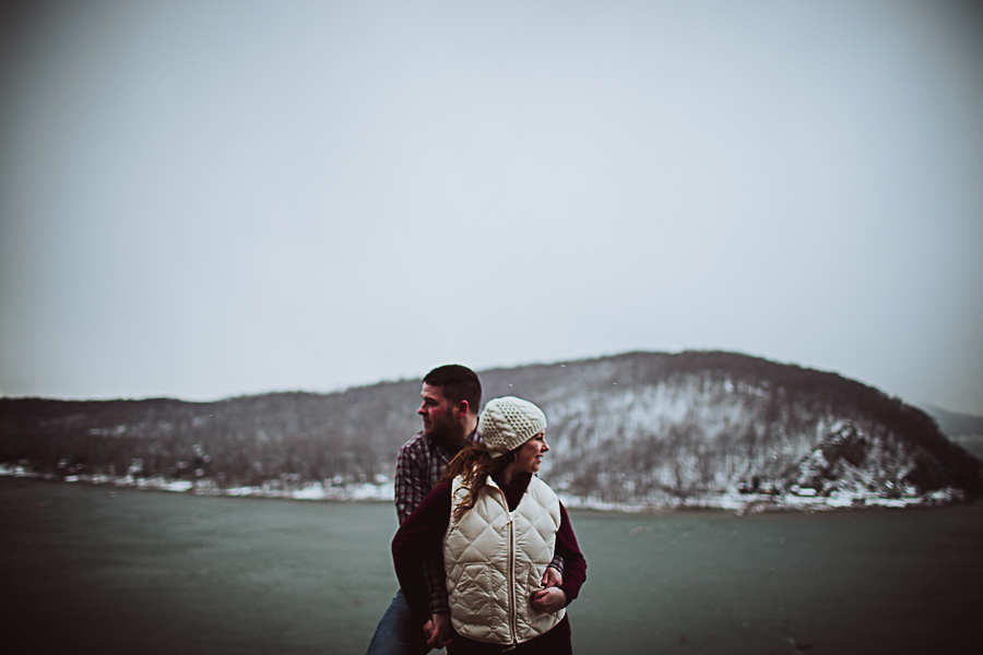 Cambria_Creative_Columbia_Overlook_Engagement_Photography-1597.jpg