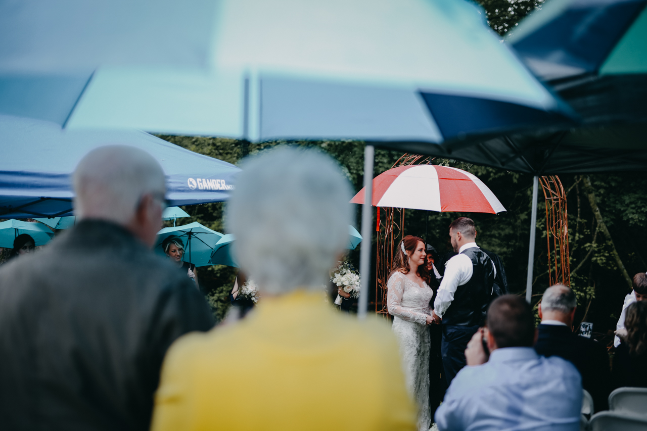 Cambria_Creative_Photographer_Lancaster_Backyard_Wedding-7061.jpg