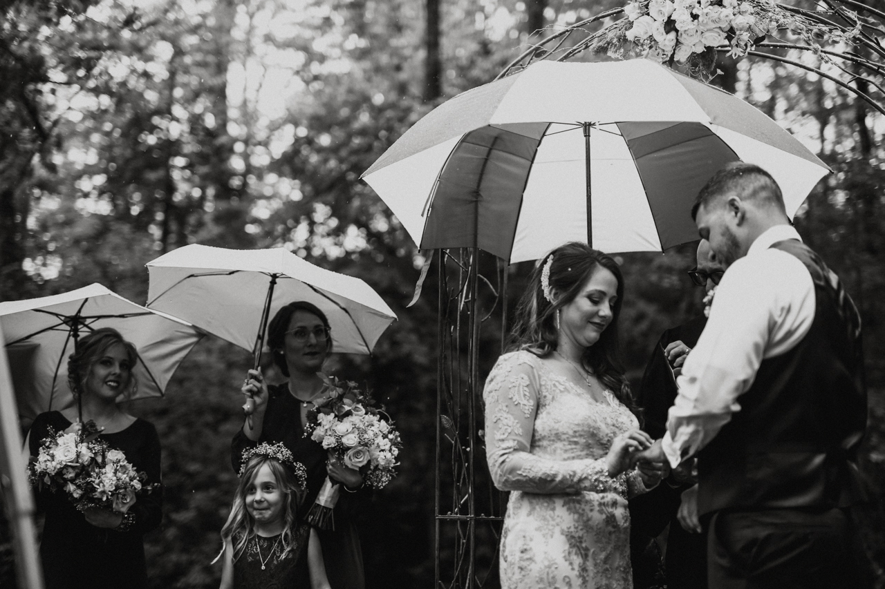 Cambria_Creative_Photographer_Lancaster_Backyard_Wedding-7071.jpg
