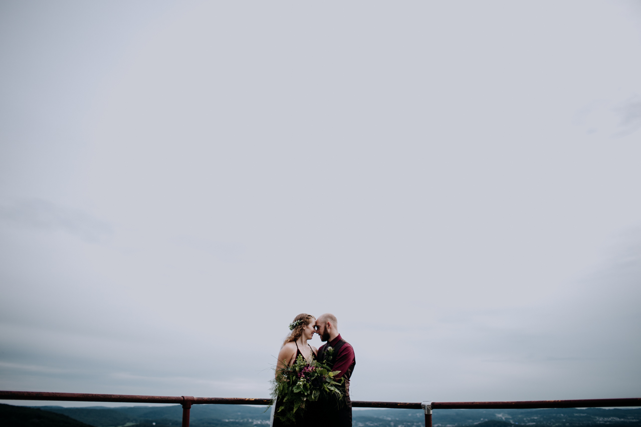 Cambria_Creative_Goggleworks_Wedding_photography-9522.jpg