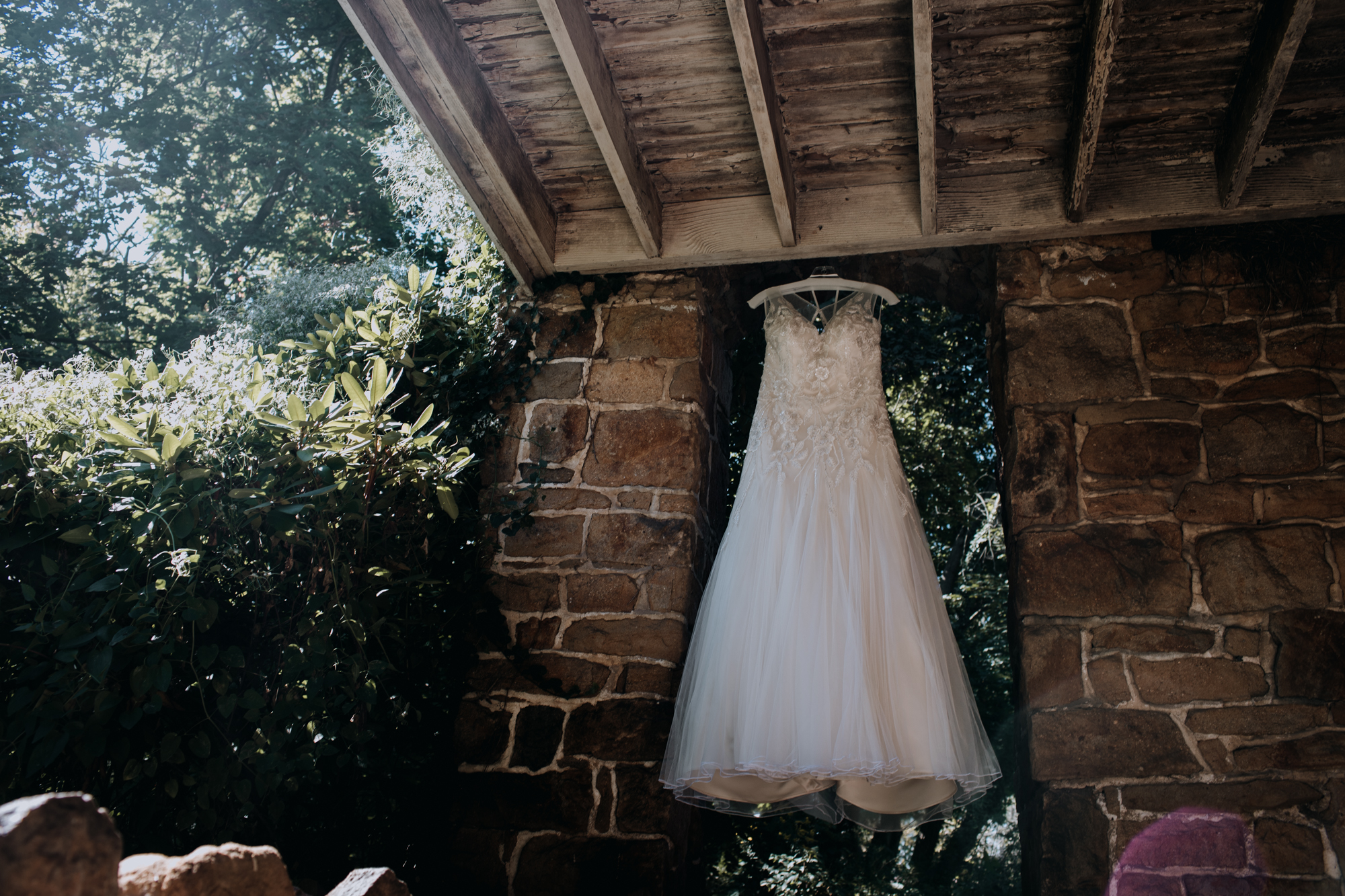 Cambria_Creative_Photographer_Boho_Wedding_Historic_Shady_Lane-4161.jpg