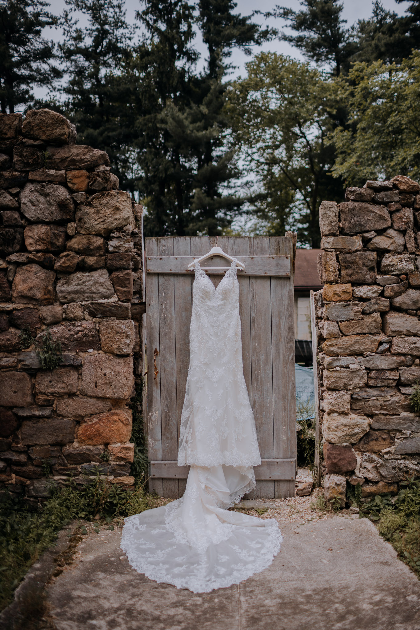 Cambria_Creative_Photography_Historic_Shady_Lane_Wedding_York-8814.jpg