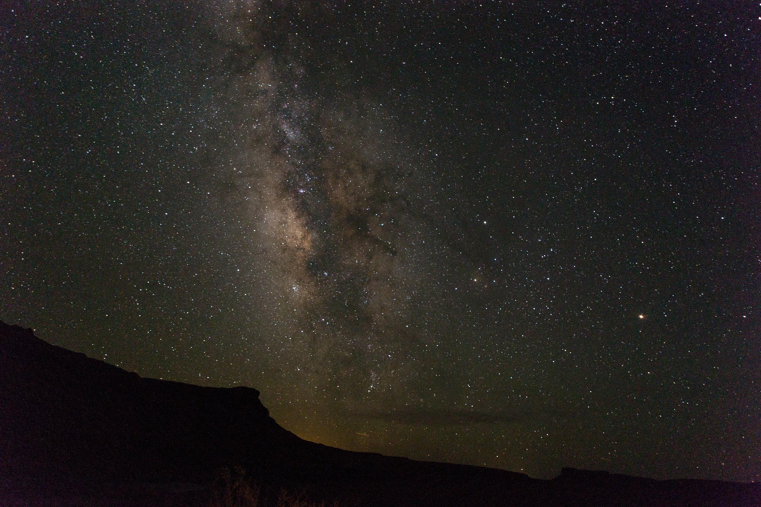 10twelve-photography-lake-powell-milky-way-stars.jpg
