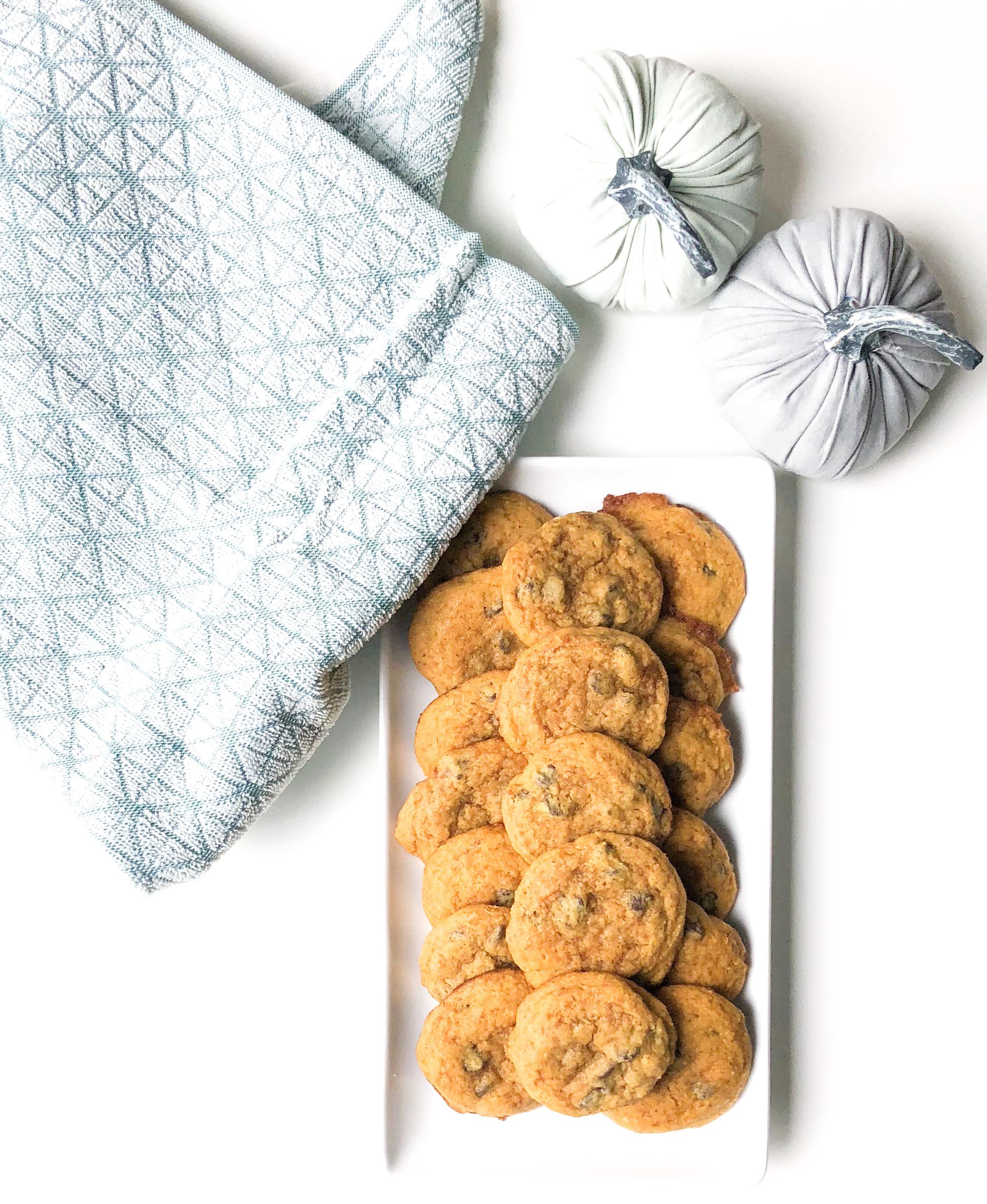 pumpkin chocolate chip cookies.JPG