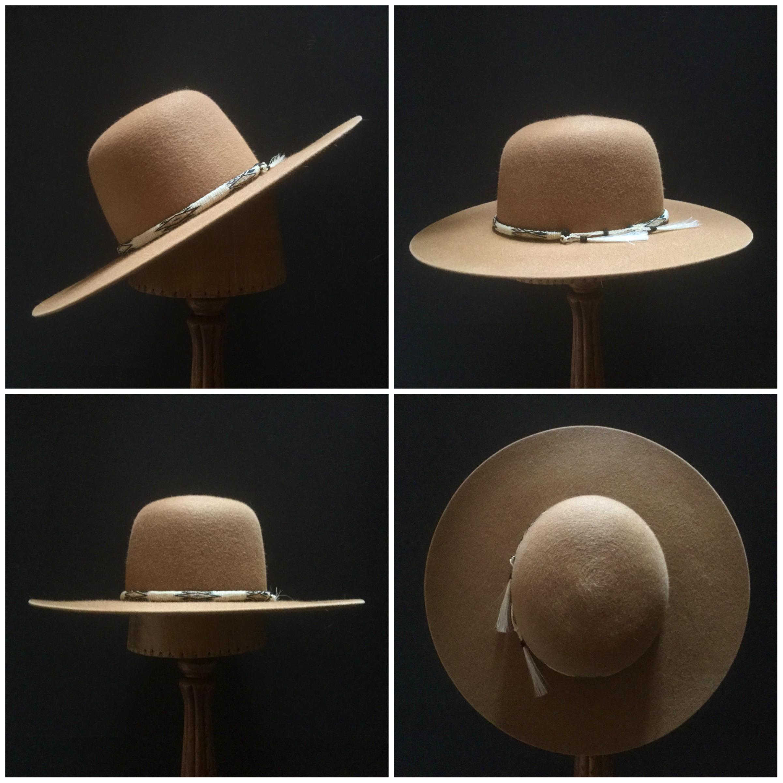 Material: 100% Rabbit Color: Camel Brim Set: Naturalist Trim: Hitched Horsehair