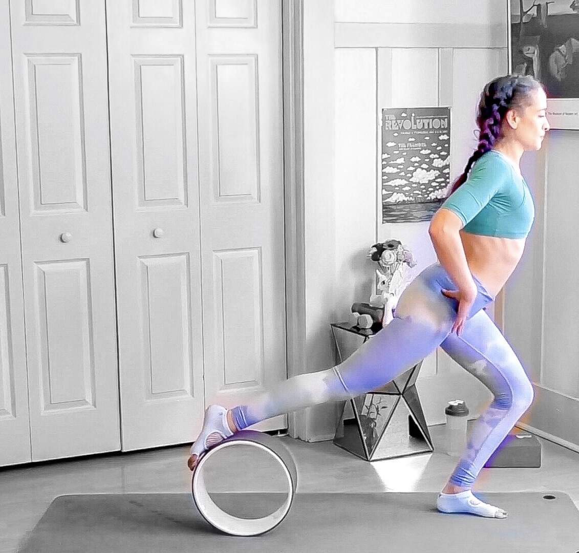 Lunge with the Yoga Wheel