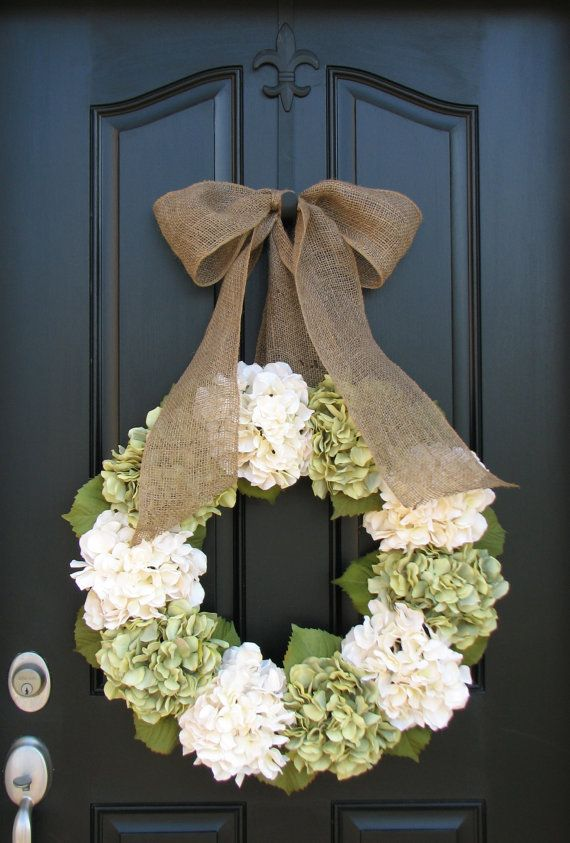 decor - classy wreath