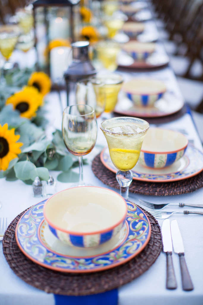 z - tuscan table top with sunflowers Felici Events Kiel Rucker Photography