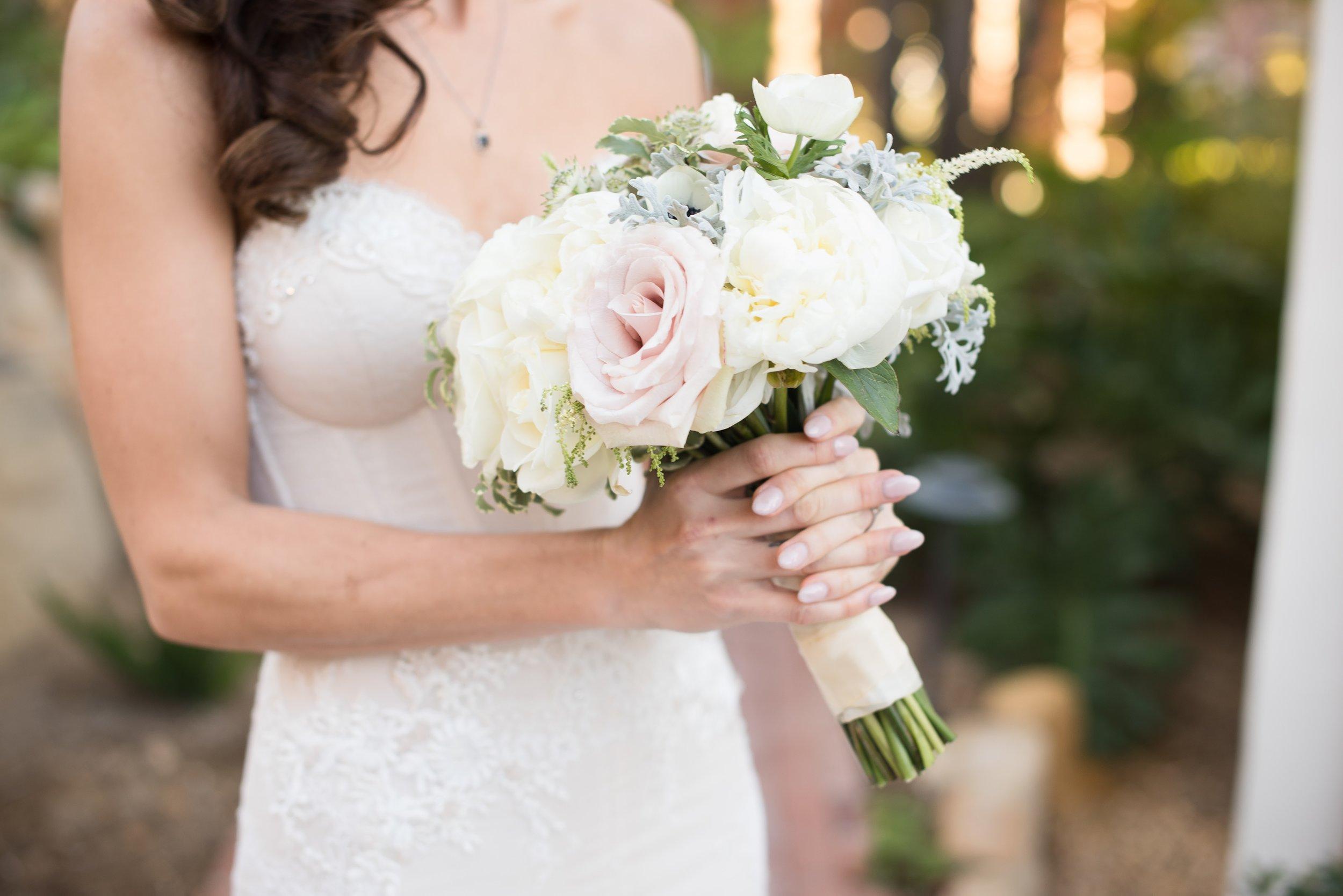 Felici Events | Wedding Planer | El Encanto Wedding | Santa Barbara Wedding | Wedding Planning | First Look | Bride | Flowers