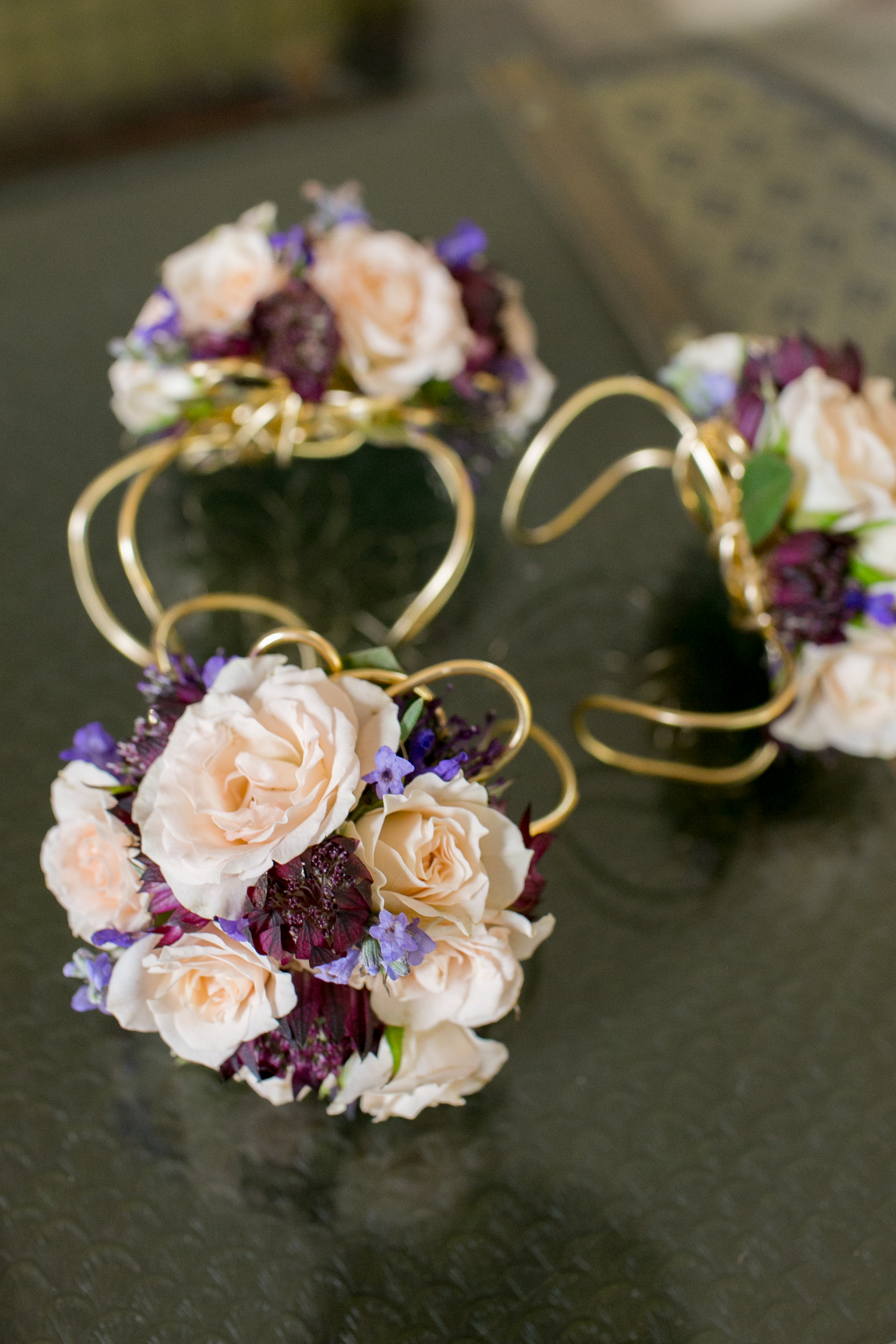 Felici Events | Felici Wedding | Santa Barbara Wedding | Bride | Mother of Bride Flowers | Wristlet | Margaret Joan Floral