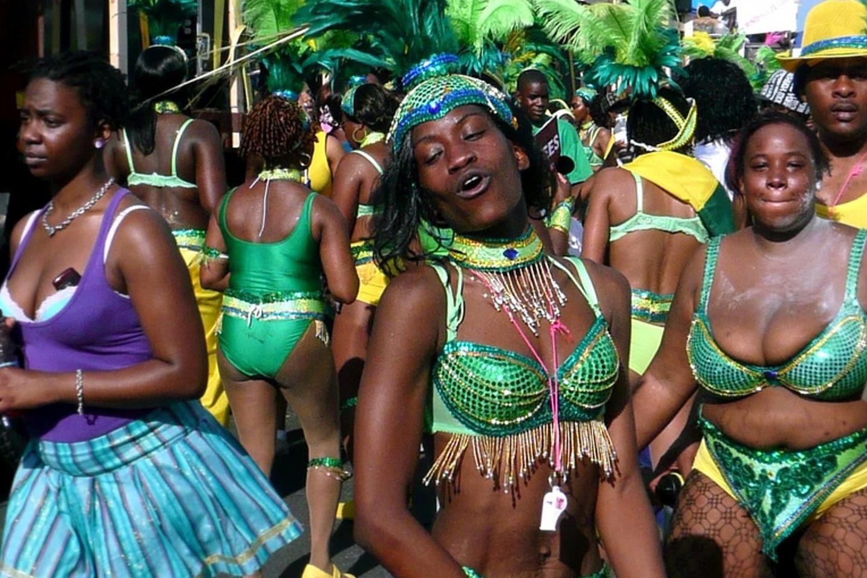 toronto-toronto-caribbean-carnival-or-caribana.jpg