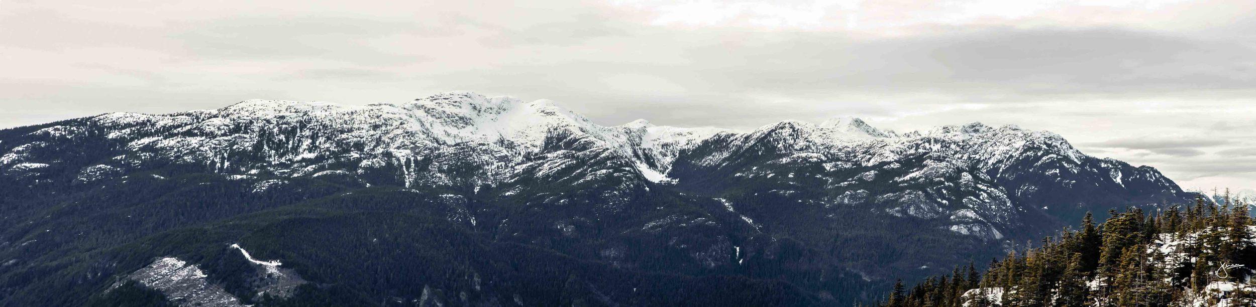 Tantalus Mountain Range