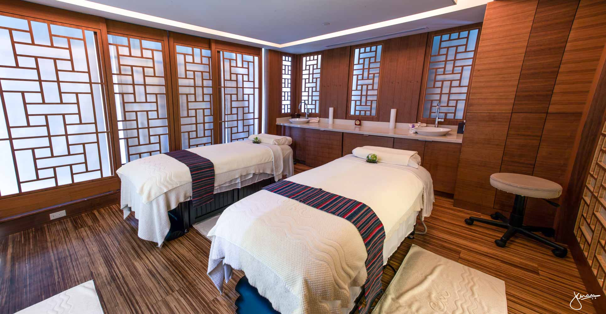 CHI Couples Massage Room