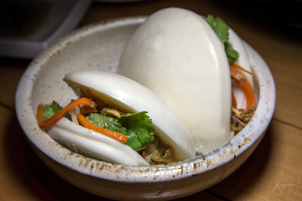 Vietnamese Lemongrass Chicken Bao