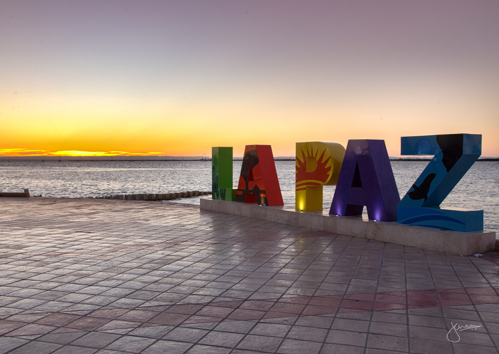 LA PAZ sign at Le Malecon