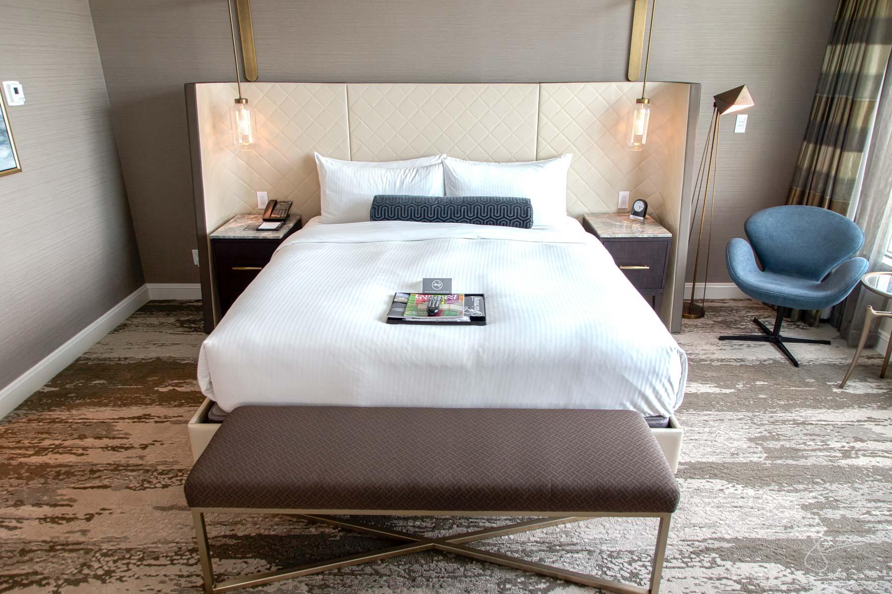 Fairmont YVR Jade Suite