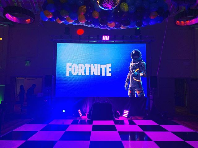 Gatsby's ready for tonight's Fortnite themed Mitzvah. Setup is 🔥