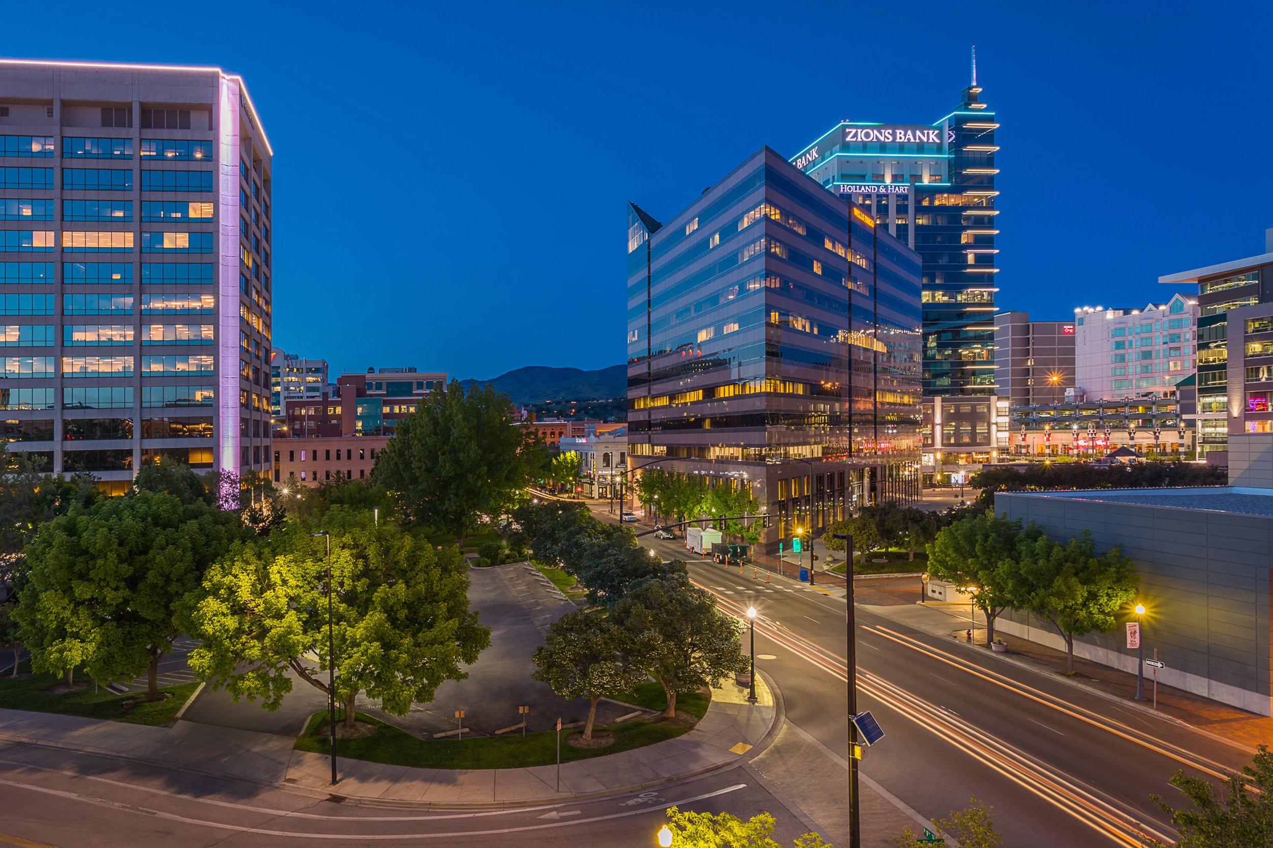 Downtown-070-Edit_x10.jpg