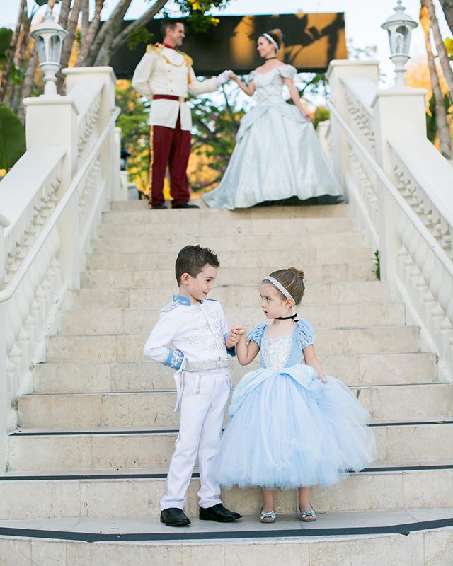 Love working with @princessturnedmom! I had the pleasure of taking these sweet pictures! @disneyfamily just named them #disneyfamilyoftheweek