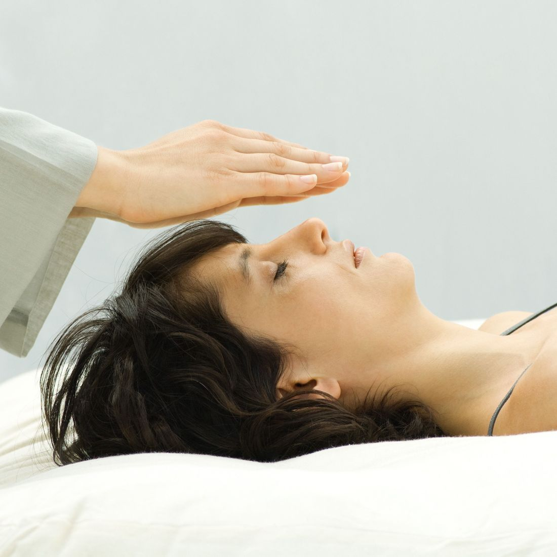 If you suffer headaches, chronic pain, post-traumatic stress, anxiety or depression, Cranial Sacral Therapy can bring relief.