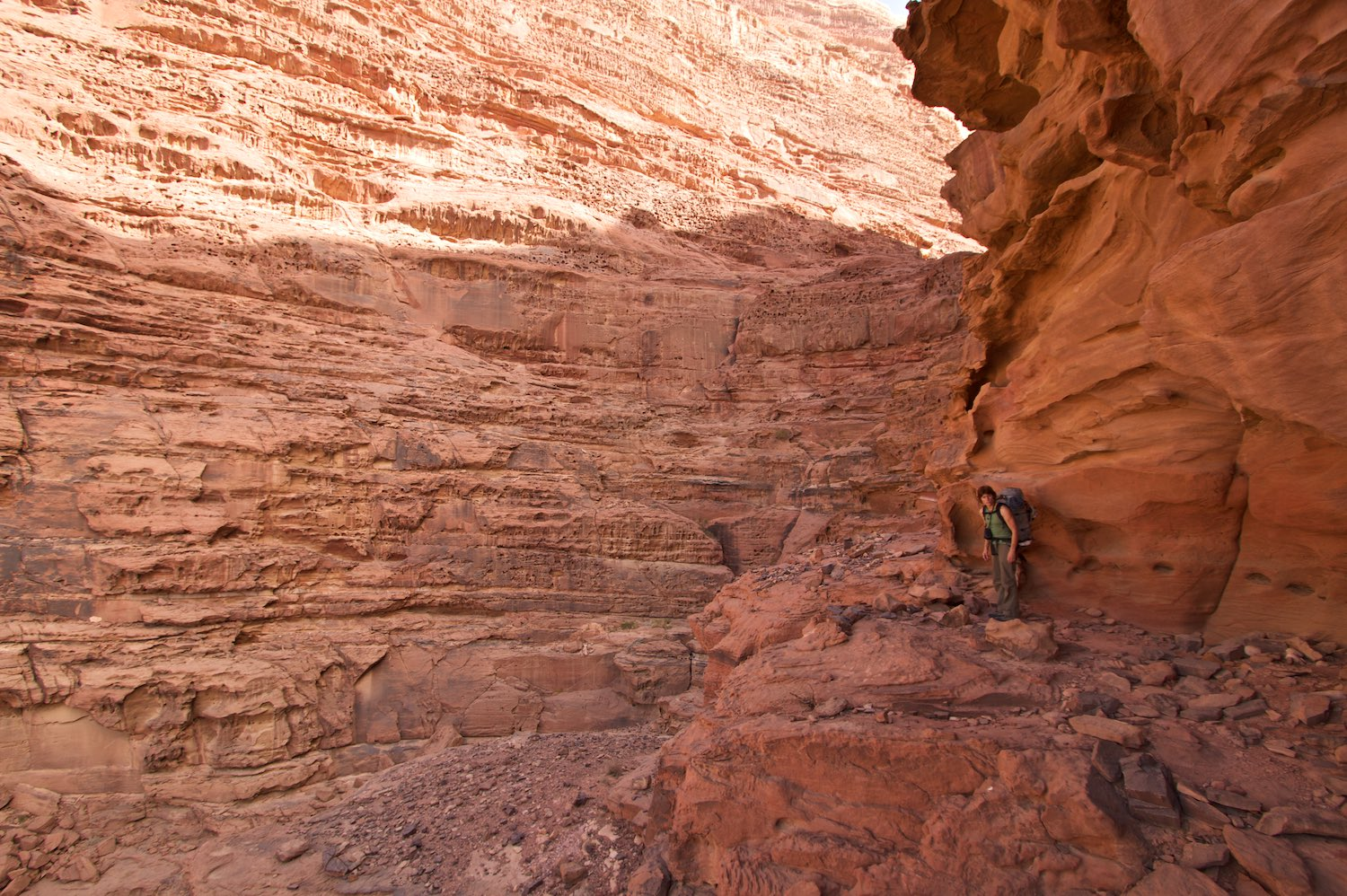 Wondering where the easy 'Sheik Hamdan's Route' goes on the back of Jebel Rum