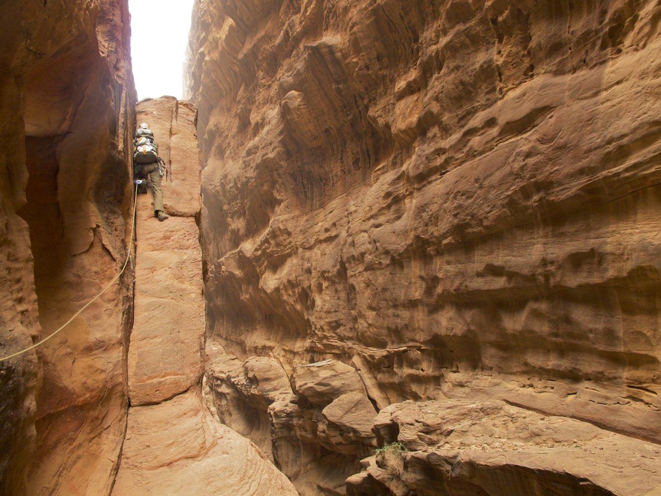 Going through the long Abu Iglakhat Canyon