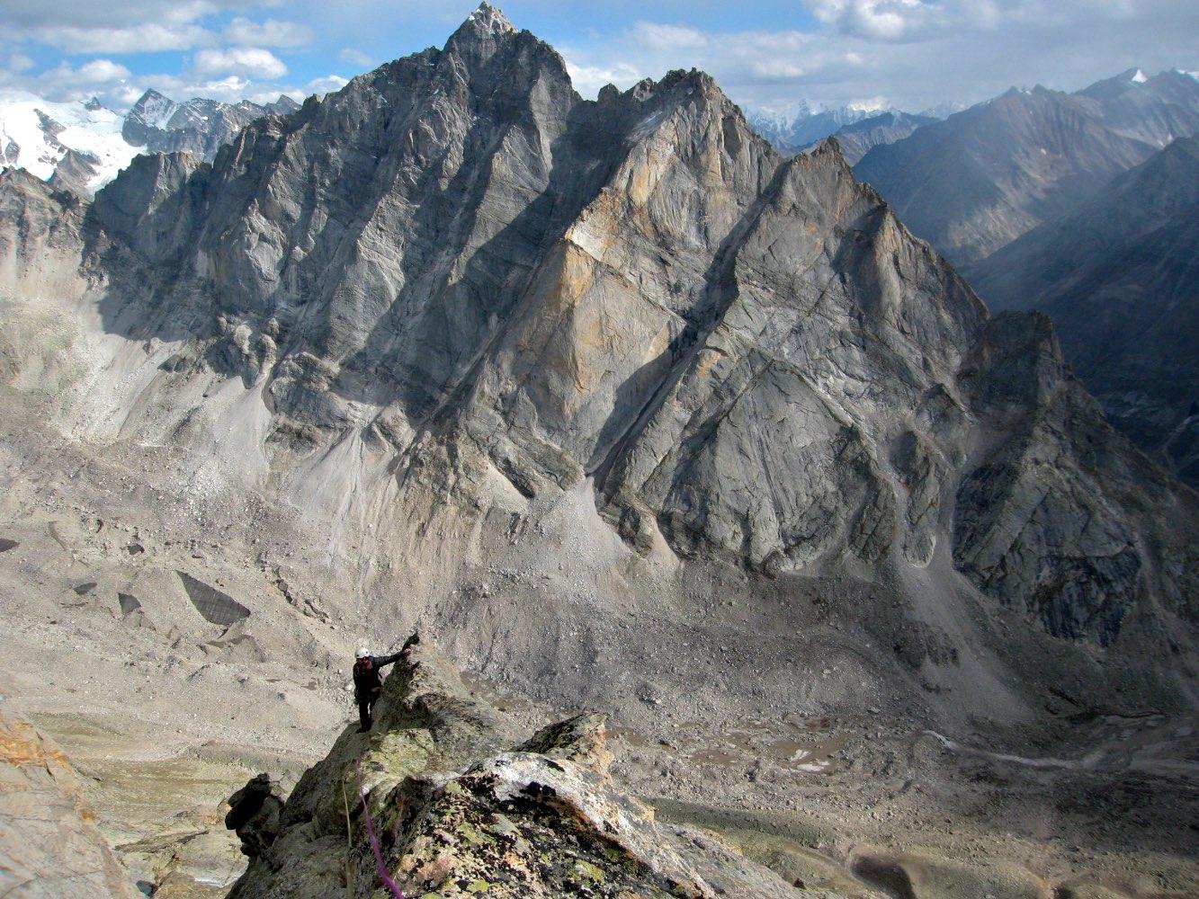 Summit ridge of Nazomi Peak