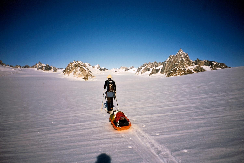 Skiing to the Col de Phantome