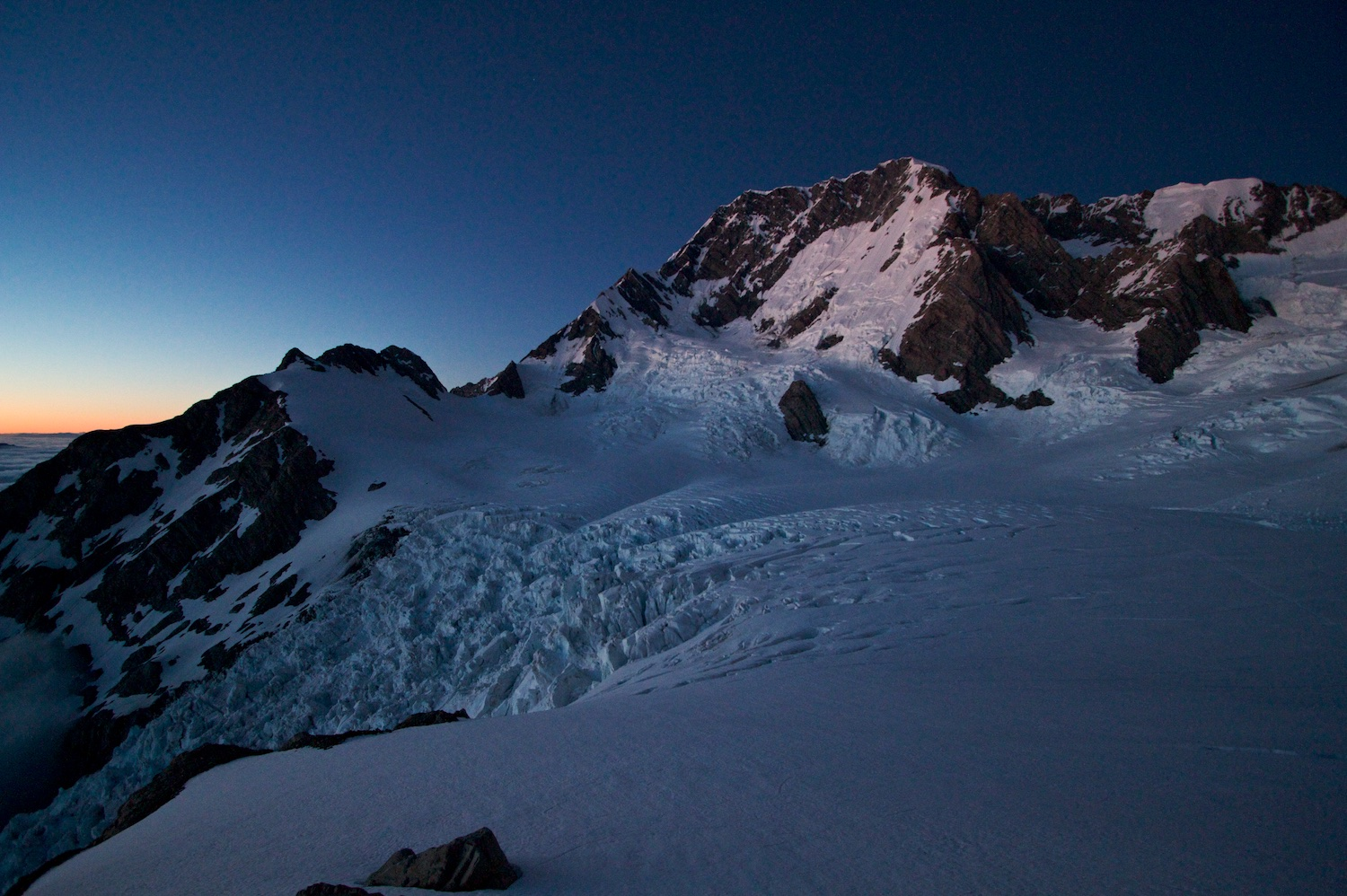 Early morning from Plateau Hut in the Tasman Valley