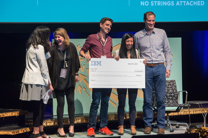 50 startups go to bat (and one walks home with cash) in the first-ever PitchfestNW - Digital Trends