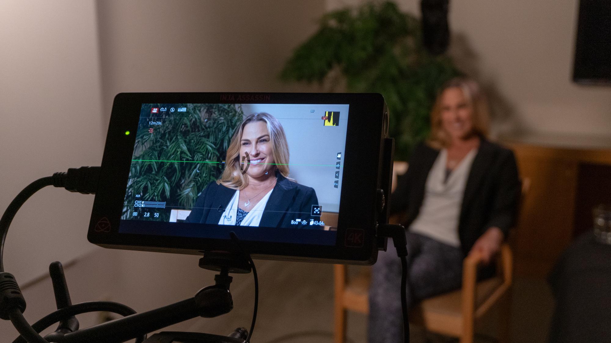 Jennifer Ferguson CEO Handful.jpg