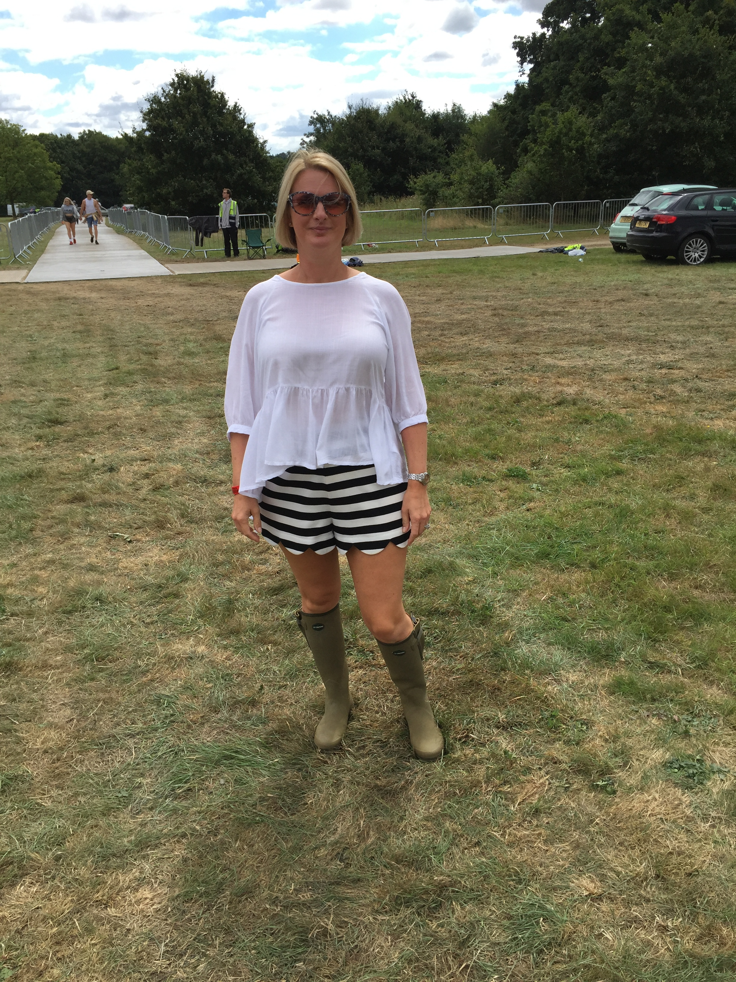 By day 2 I had realised anything goes, plus the sun had come out, although experince told me to go with wellies despite the sunshine, just for visiting the loos.  Top from French Connection, Shorts from Dorothy Perkins, Boots from Le Chameau, Bag from Gucci